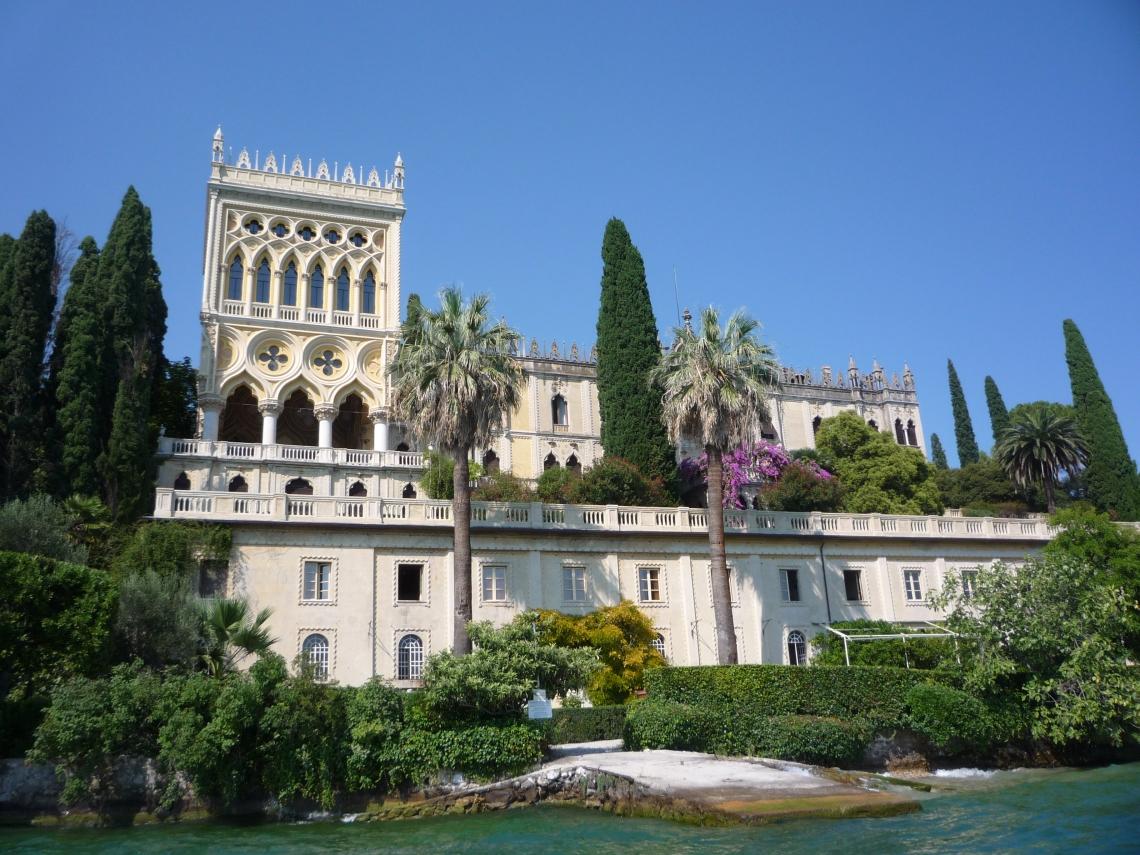 Villa_Isola_del_Garda.JPG